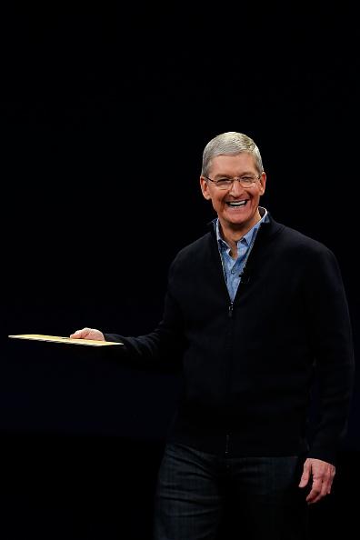 Apple Watch「Apple Debuts New Watch」:写真・画像(2)[壁紙.com]