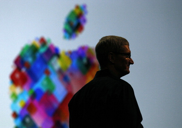 Public Speaker「Apple's World Wide Developers Conference Begins In San Francisco」:写真・画像(18)[壁紙.com]