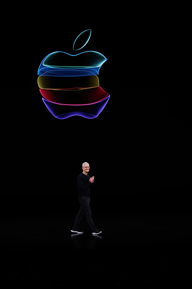 Cupertino「Apple Unveils New Product Updates At Its Cupertino Headquarters」:写真・画像(8)[壁紙.com]