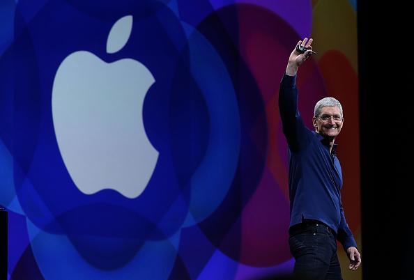 Keynote Speech「Apple Worldwide Developers Conference Opens In San Francisco」:写真・画像(2)[壁紙.com]