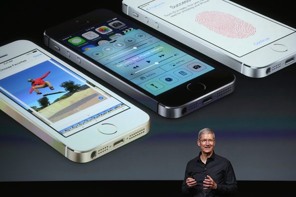 Wireless Technology「Apple Introduces Two New iPhone Models At Product Launch」:写真・画像(10)[壁紙.com]