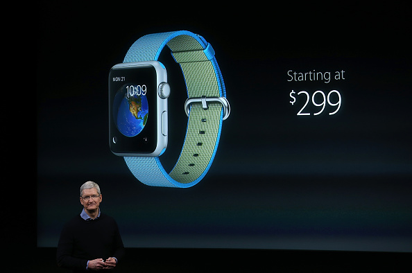 Apple Watch「Apple Introduces New Products」:写真・画像(1)[壁紙.com]