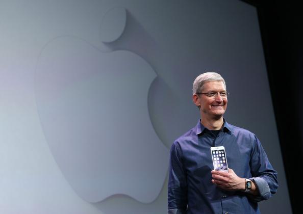 Apple Watch「Apple Unveils iPhone 6」:写真・画像(19)[壁紙.com]
