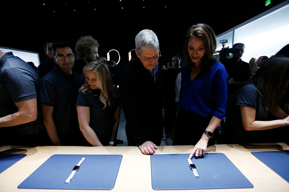 Apple Watch「Apple Debuts New Watch」:写真・画像(17)[壁紙.com]