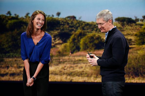 Apple Watch「Apple Debuts New Watch」:写真・画像(1)[壁紙.com]
