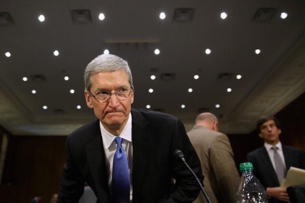 Big Tech「Apple CEO Tim Cook Testifies At Senate Hearing On U.S. Tax Code」:写真・画像(9)[壁紙.com]