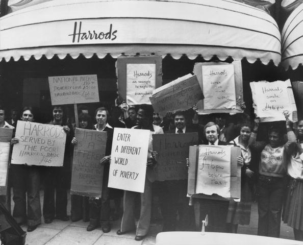 Retail Place「Harrods Strikers」:写真・画像(18)[壁紙.com]