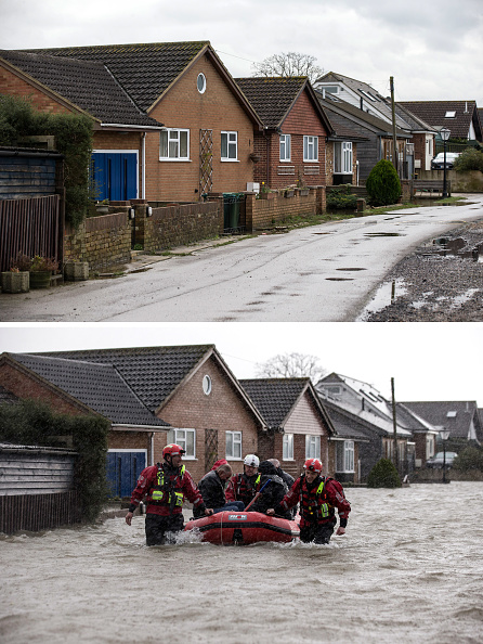 Composite Image「Flood Water Levels Drop Dramatically In Some Areas Around The Thames」:写真・画像(3)[壁紙.com]