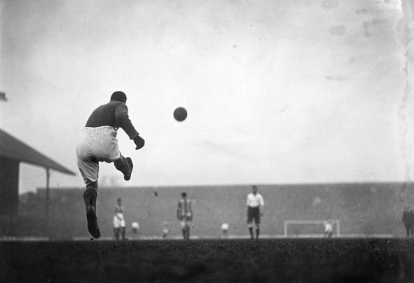 Kicking「Goal Kick」:写真・画像(11)[壁紙.com]