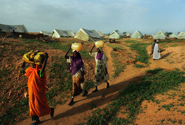 Water「Dafur Refugees Overwhelm Camps In Chad」:写真・画像(7)[壁紙.com]