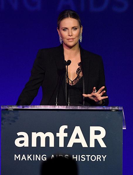 Black Color「amfAR's Inspiration Gala Los Angeles - Inside」:写真・画像(1)[壁紙.com]