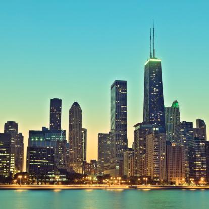 Auto Post Production Filter「Retro Chicago skyline at night」:スマホ壁紙(10)