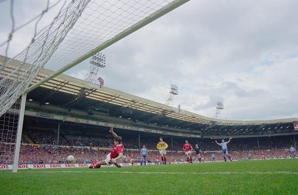Manchester United F「Rumbelows Football League Cup Final」:写真・画像(11)[壁紙.com]