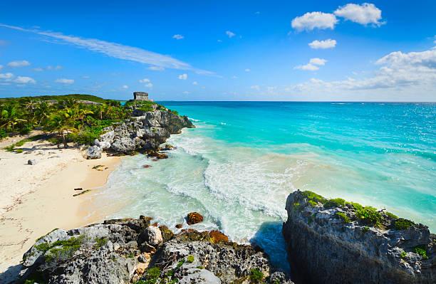 Mexico, Yucatan, Tulum, Beach with ancient Mayan ruins:スマホ壁紙(壁紙.com)