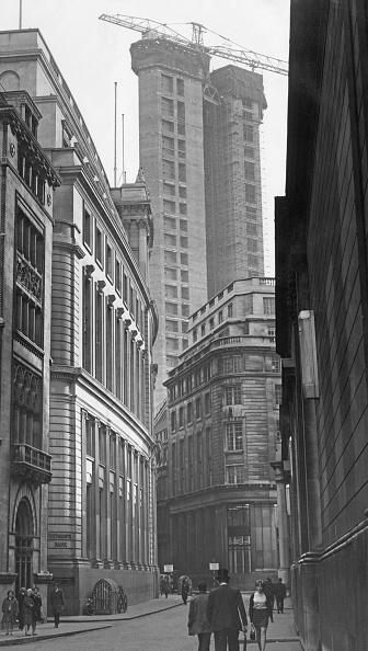 Construction Site「Stock Exchange Tower」:写真・画像(15)[壁紙.com]
