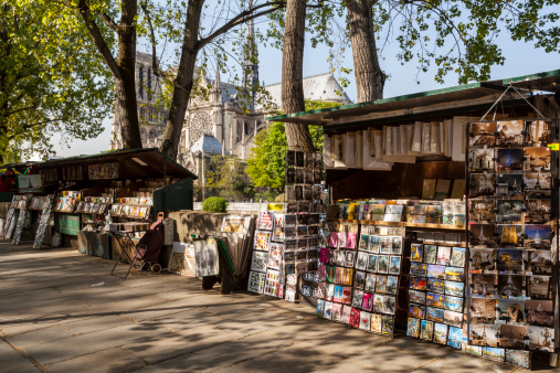 Cathedral「Book and postcard sellers by the river Seine.」:スマホ壁紙(10)