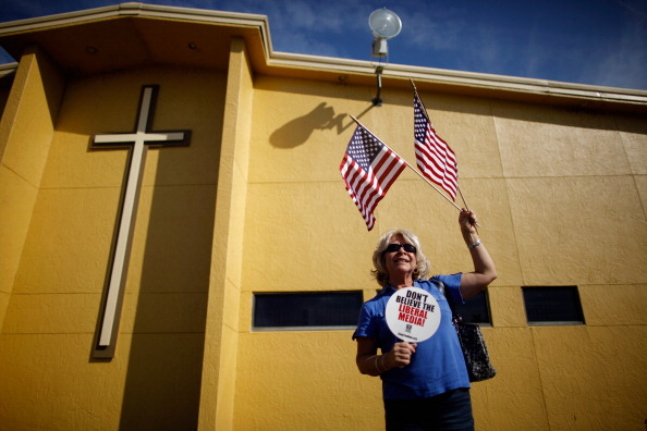 アメリカ合衆国「Newt Gingrich Campaigns In Florida On Final Weekend Before Primary」:写真・画像(13)[壁紙.com]