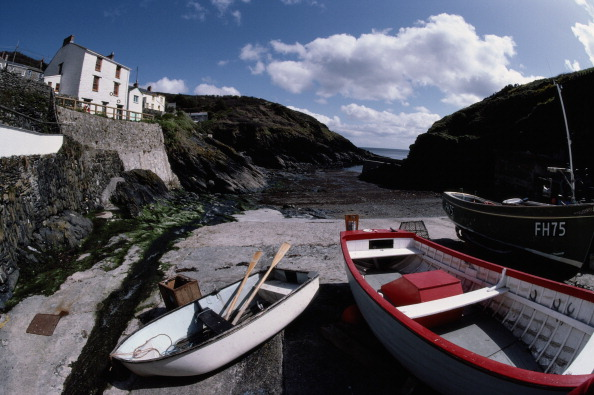 Finance and Economy「Portloe Boats」:写真・画像(6)[壁紙.com]
