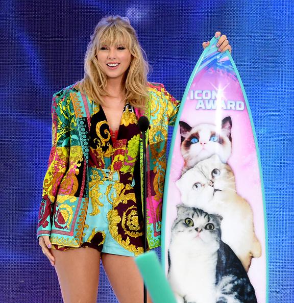 Teen Choice Awards「FOX's Teen Choice Awards 2019 - Show」:写真・画像(11)[壁紙.com]