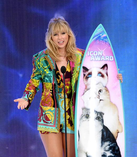 Teen Choice Awards「FOX's Teen Choice Awards 2019 - Show」:写真・画像(8)[壁紙.com]