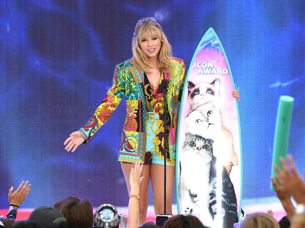 Teen Choice Awards「FOX's Teen Choice Awards 2019 - Show」:写真・画像(9)[壁紙.com]