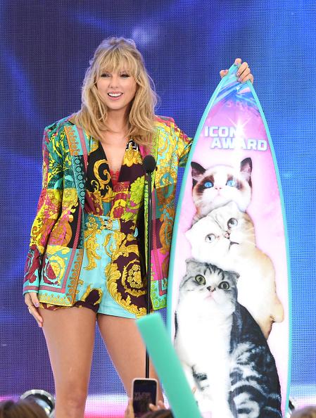 Teen Choice Awards「FOX's Teen Choice Awards 2019 - Show」:写真・画像(13)[壁紙.com]