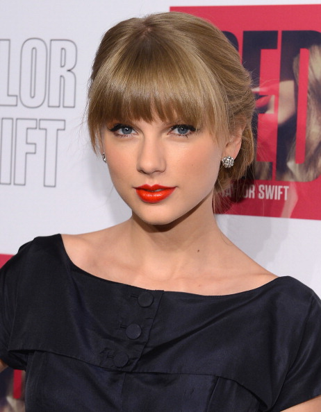 Headshot「Taylor Swift And Target 'Red' Deluxe Edition CD Release Launch Party」:写真・画像(17)[壁紙.com]