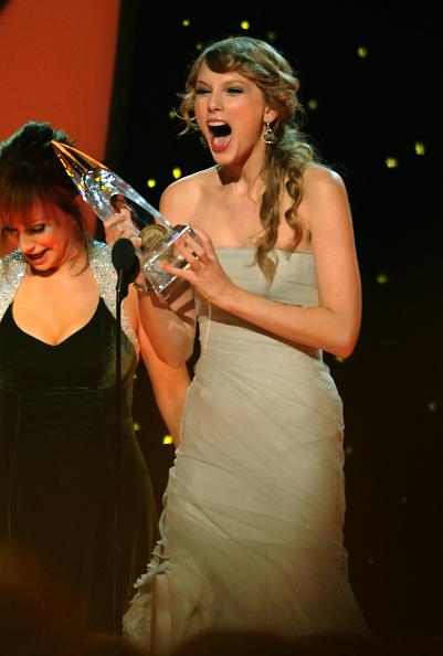 Awards Ceremony「45th Annual CMA Awards - Show」:写真・画像(7)[壁紙.com]