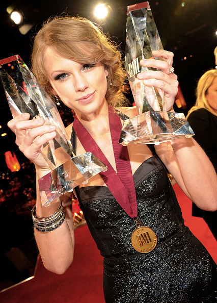 BMI Country Awards「58th Annual BMI Country Music Awards - Inside」:写真・画像(3)[壁紙.com]