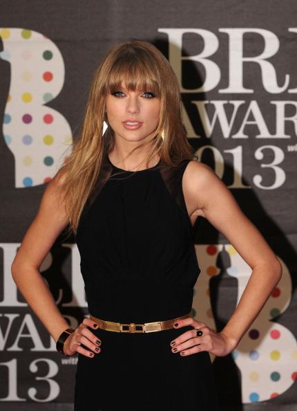 Straight Hair「Brit Awards 2013 - Red Carpet Arrivals」:写真・画像(3)[壁紙.com]