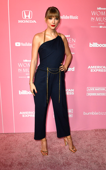 Bangs「2019 Billboard Women In Music - Arrivals」:写真・画像(12)[壁紙.com]