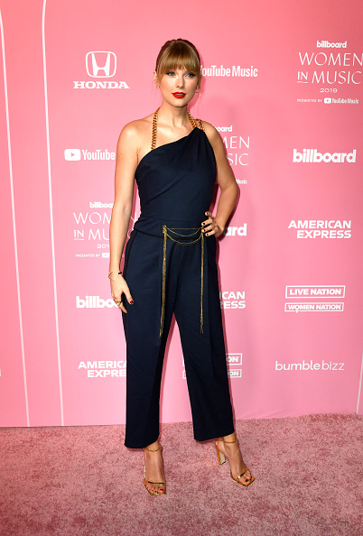 Bangs「2019 Billboard Women In Music - Arrivals」:写真・画像(13)[壁紙.com]