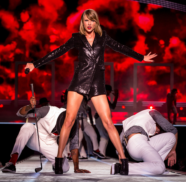 ステージ「Taylor Swift 'The 1989 World Tour' Live In Baton Rouge」:写真・画像(12)[壁紙.com]