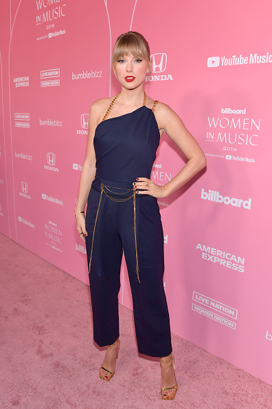 Bangs「Billboard Women In Music 2019 Presented By YouTube Music - Red Carpet」:写真・画像(9)[壁紙.com]