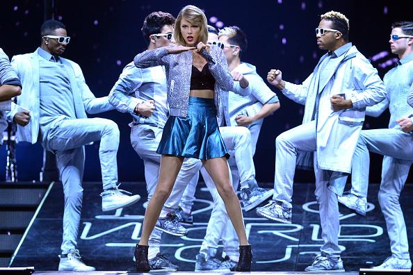 ステージ「Taylor Swift The 1989 World Tour Live In Cologne - Night 2」:写真・画像(19)[壁紙.com]
