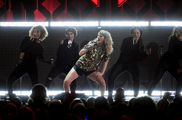 Taylor Swift「102.7 KIIS FM's Jingle Ball - SHOW」:写真・画像(11)[壁紙.com]