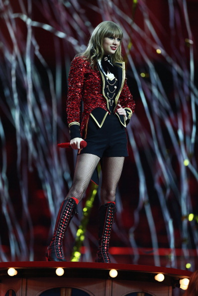 Black Shoe「MTV EMA's 2012 - Show」:写真・画像(11)[壁紙.com]