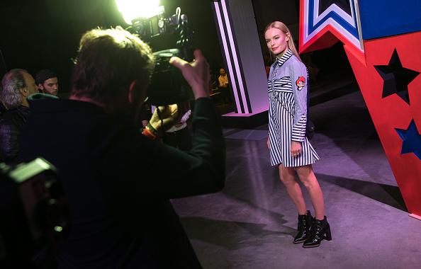 London Fashion Week「Front Row & Arrivals: Day 2 - LFW February 2017」:写真・画像(5)[壁紙.com]