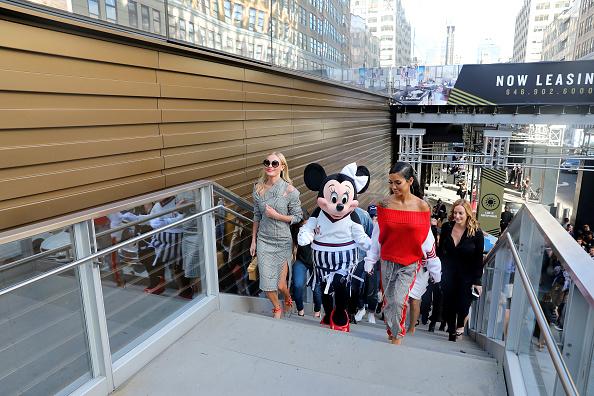 ミニーマウス「Minnie Mouse Takes NYFW」:写真・画像(6)[壁紙.com]