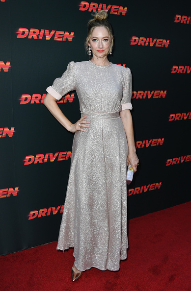 "Silver Dress「Universal Pictures Home Entertainment Content Group's Los Angeles Premiere Of ""Driven""」:写真・画像(4)[壁紙.com]"