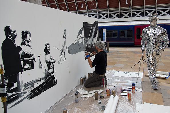 アート「Live Art Installation To Portray Journey From Paddington to Henley-on-Thames」:写真・画像(19)[壁紙.com]