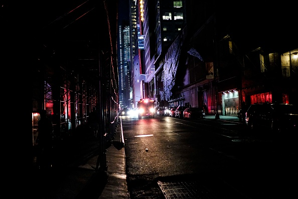 Blackout「Section of Midtown And Upper West Side Of Manhattan Loses Power」:写真・画像(18)[壁紙.com]