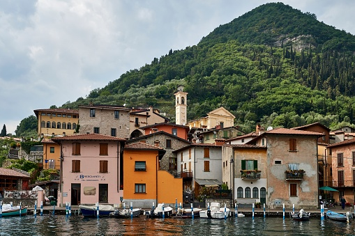 Wooden Post「Iseo Lake, Lombardy, Italy」:スマホ壁紙(14)
