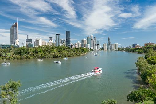 Queensland「Brisbane Skyline, Aerial Panorama, Queensland, Australia」:スマホ壁紙(2)