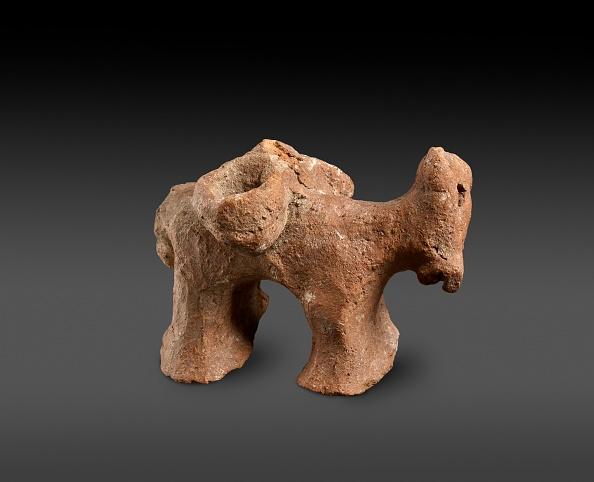 Republic Of Cyprus「Red Polished / Matt-Polished Donkey Figurine With Panniers」:写真・画像(14)[壁紙.com]