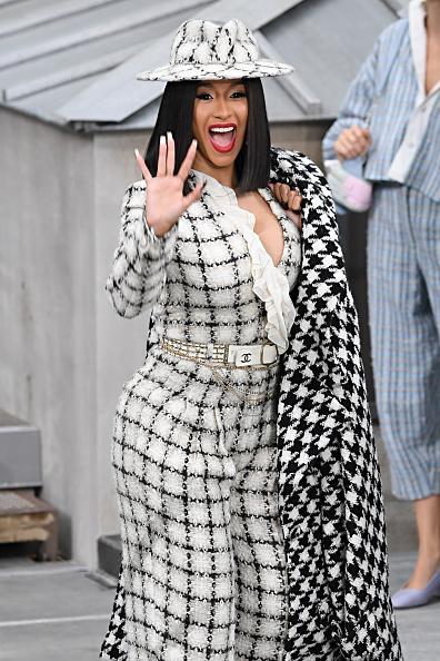 Cardi B「Chanel : Front Row - Paris Fashion Week - Womenswear Spring Summer 2020」:写真・画像(13)[壁紙.com]