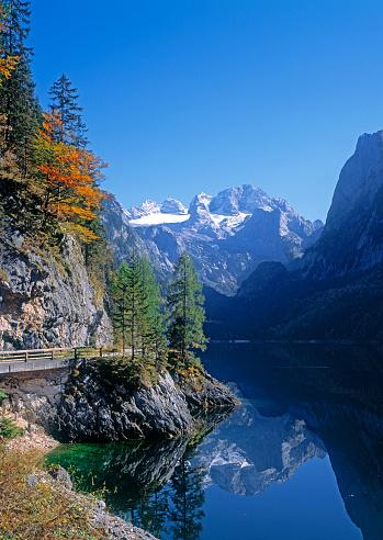 Dachstein Mountains「Lake Gosausee and Mount Dachstein」:スマホ壁紙(1)
