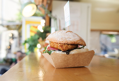 Sandwich「Vegan burger food truck」:スマホ壁紙(3)