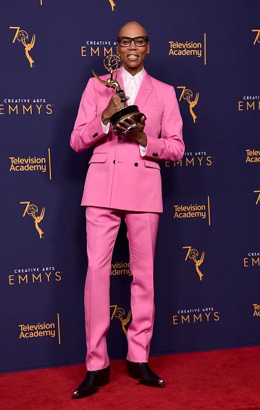 Hot Pink「2018 Creative Arts Emmy Awards - Day 2 - Press Room」:写真・画像(12)[壁紙.com]
