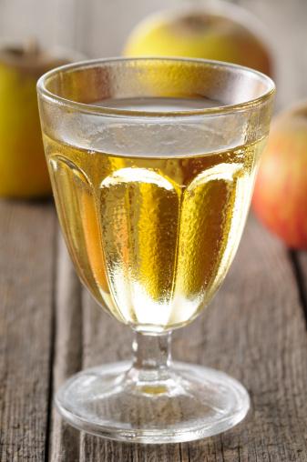 Apple Juice「A glass of apple juice」:スマホ壁紙(13)